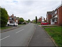 SO9095 : Sandhurst Drive by Gordon Griffiths