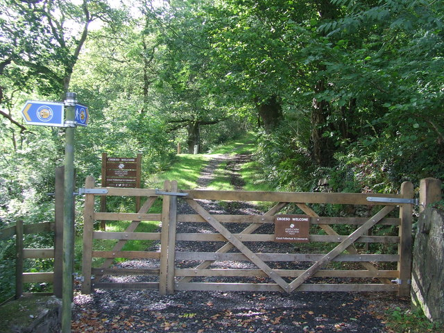 Entrance To Coed Felinrhyd & Llennyrch