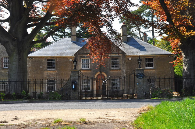 Dorville House, Burton Road, Acton Turville, Gloucestershire 2020