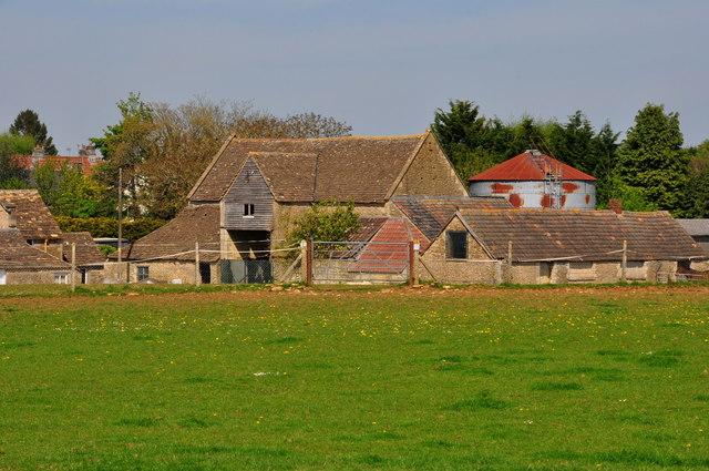 Stone Barn & Sheds, Hollybush Farm, Acton Turville, Gloucestershire 2020