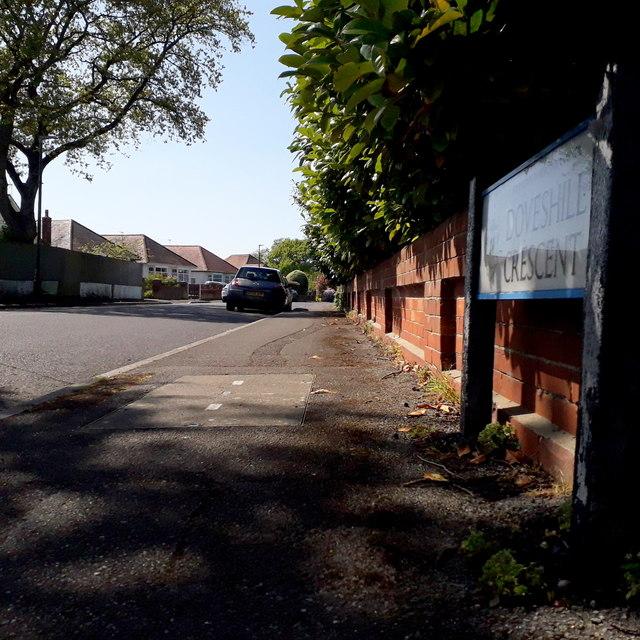 Northbourne: Doveshill Crescent