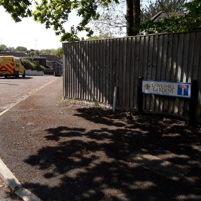 Northbourne: Doveshill Gardens