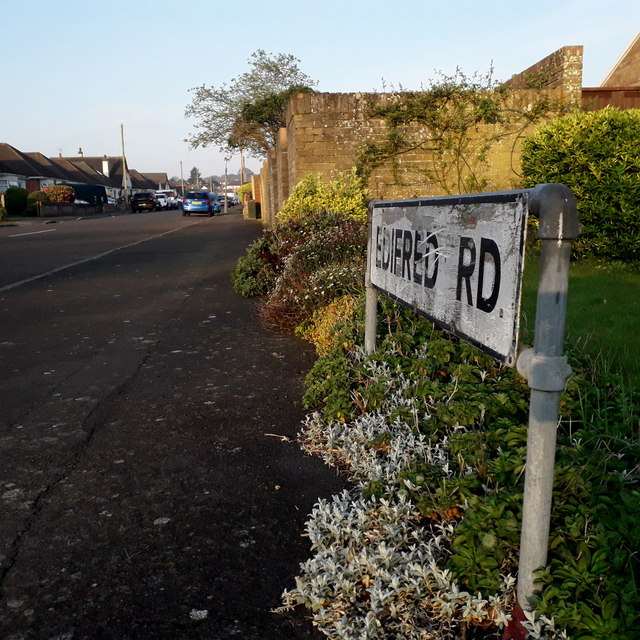 Redhill: Edifred Road