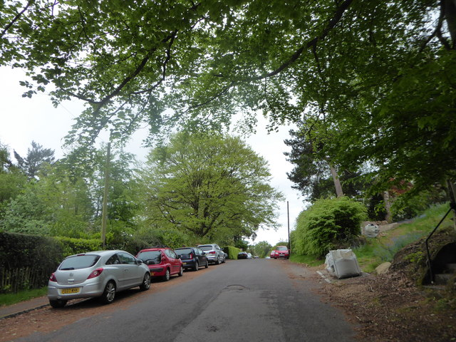 Parked cars in Hill Road