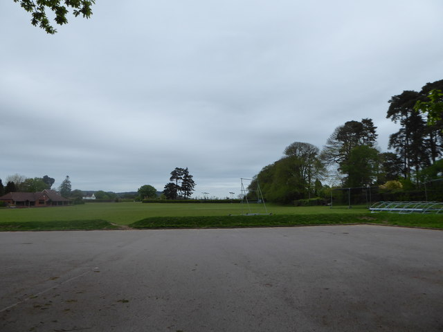 Haslemere War Memorial Playing Fields (c)