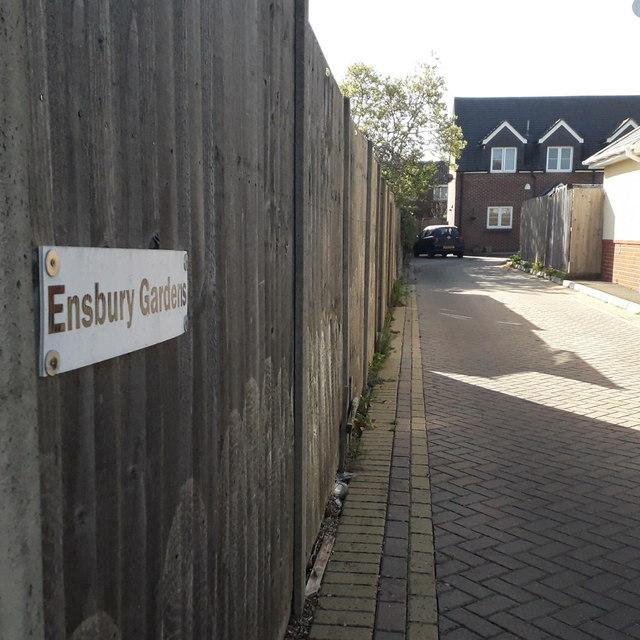 Ensbury Park: Ensbury Gardens