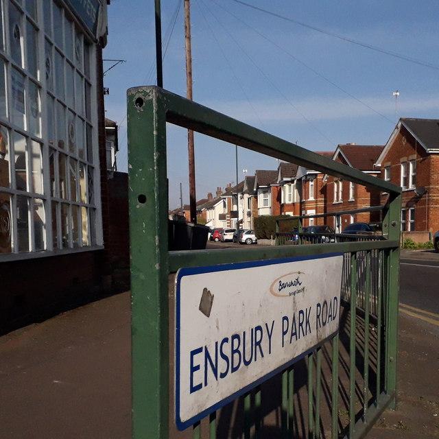 Moordown: Ensbury Park Road