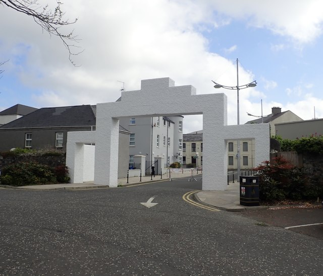 Reverse view of the entrance arch into Donard Park