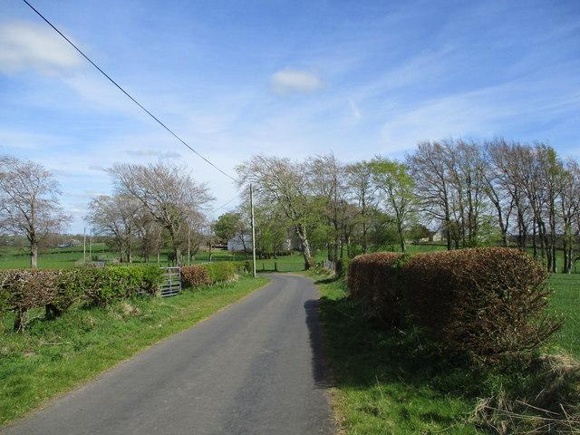 Minor road near Flakefield