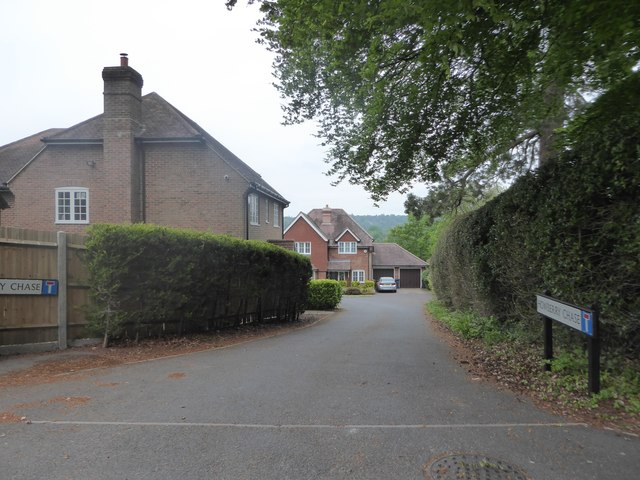 Looking from Courts Mount Road into  Howberry Chase