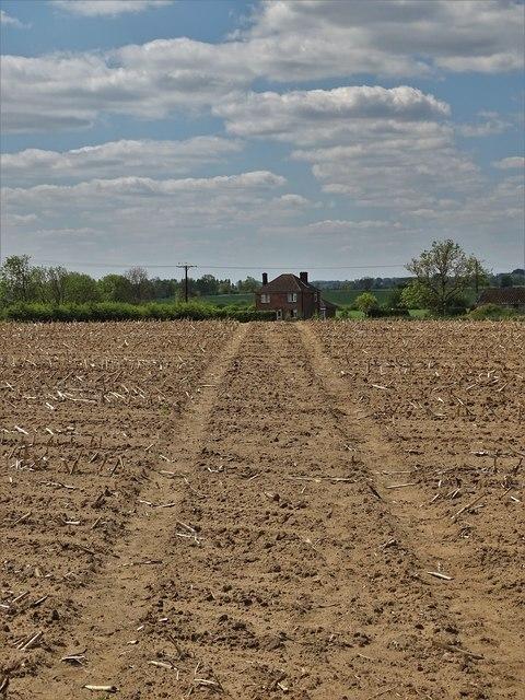 Path to New Holmes Farm