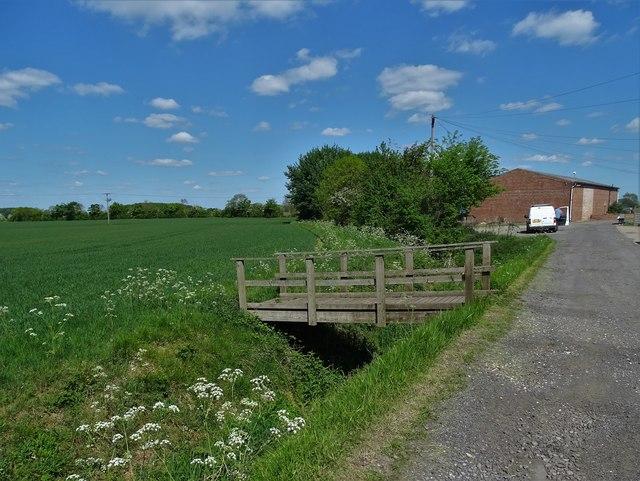 Footbridge at Pyewipe Farm