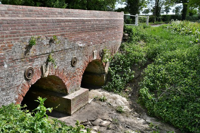 Dennington: Frostley Bridge and the dried up river bed