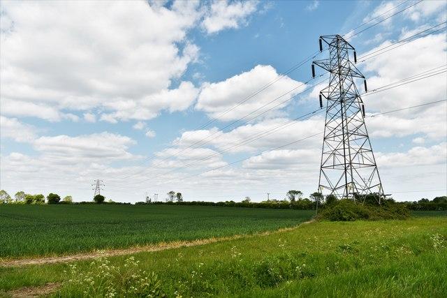 Tannington: Power lines