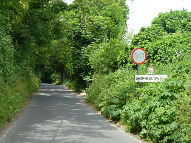 Entering Shepherdswell on Coldred Road