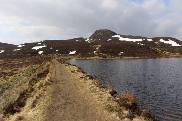 Dam, Loch a' Choire