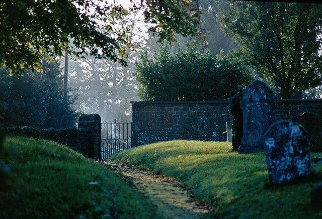 Hellidon Churchyard