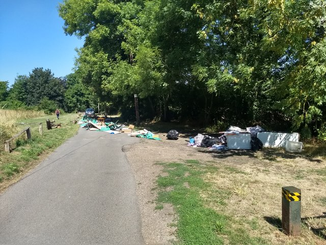 Fly tipping near Scadbury Park