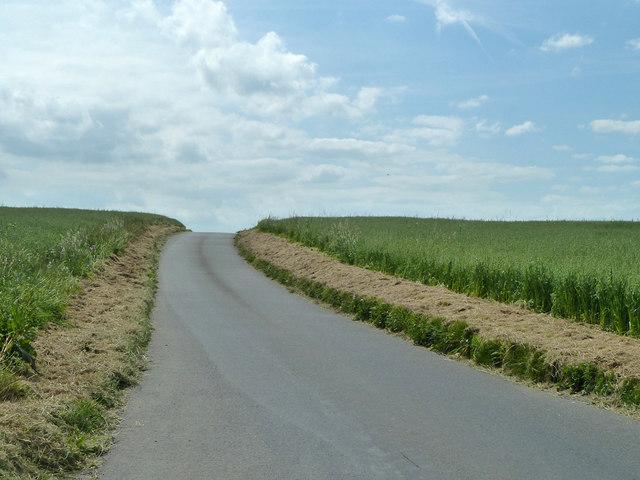 Road from Eastry towards Goodnestone