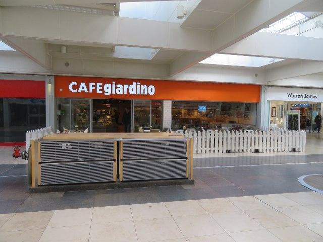 Cafe giardino
