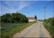 SE7675 : Ryton Rigg Road at Messenger Farm by Ian S