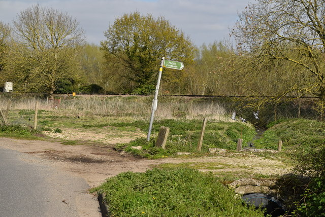 Footpath off Harville Rd