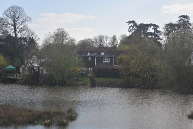 Lake, Bucksford Manor