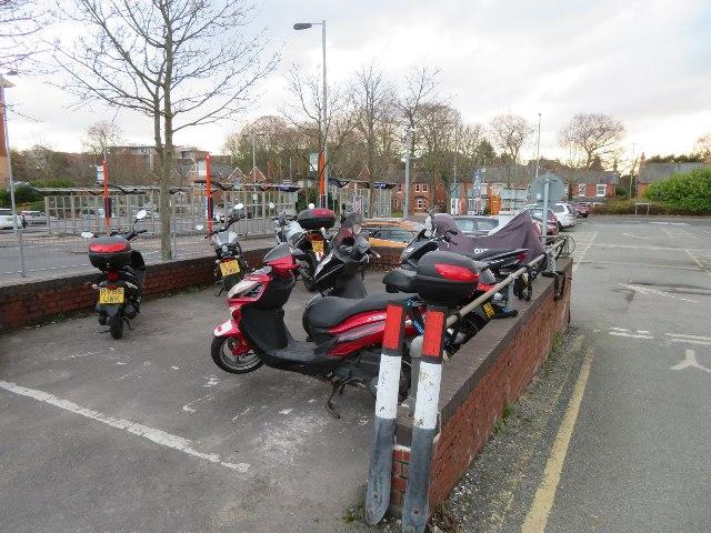 Scooter parking - Farnborough Main station