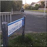 SZ0894 : Ensbury Park: Glenmoor Close by Chris Downer