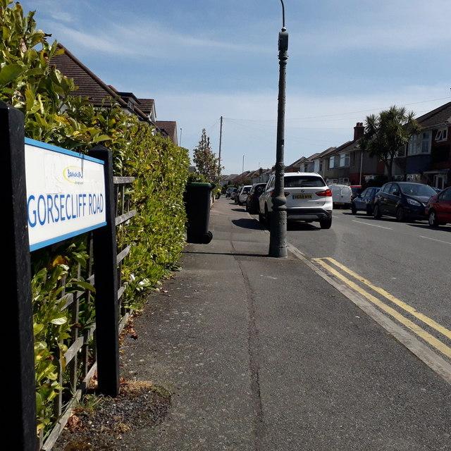 Ensbury Park: Gorsecliff Road