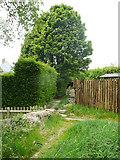 SE0028 : Wadsworth Footpath 75, Link 4, Chiserley by Humphrey Bolton