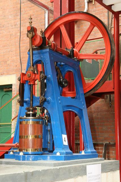 Bolton Steam Museum - vertical engine