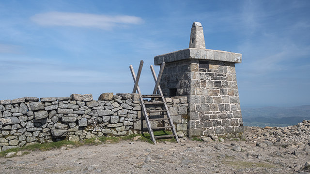 The Mourne Wall, Slieve Donard