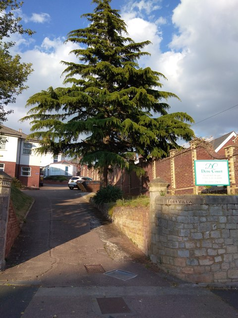 Entrance to nursing home, Heavitree, Exeter