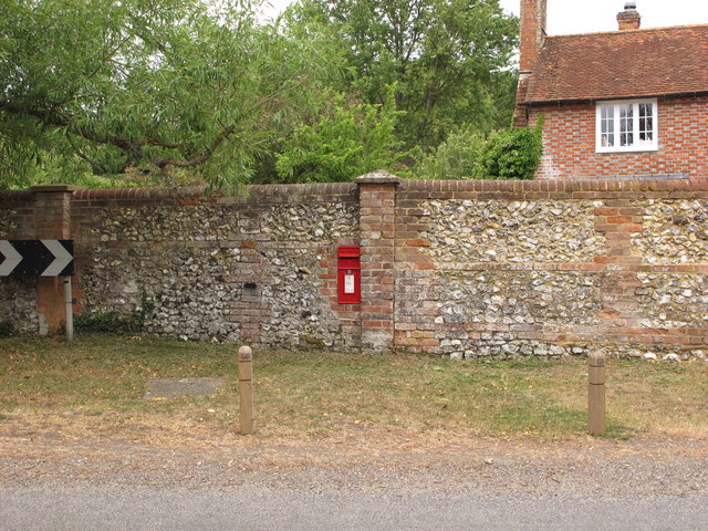 Wall postbox, by Pishill farmhouse, on B480 road