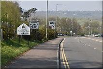 TQ6042 : Welcome to North Farm and Tunbridge Wells, Longfield Rd by N Chadwick