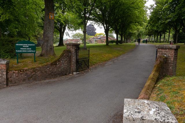 Headbourne Worthy House, Bedfield Lane