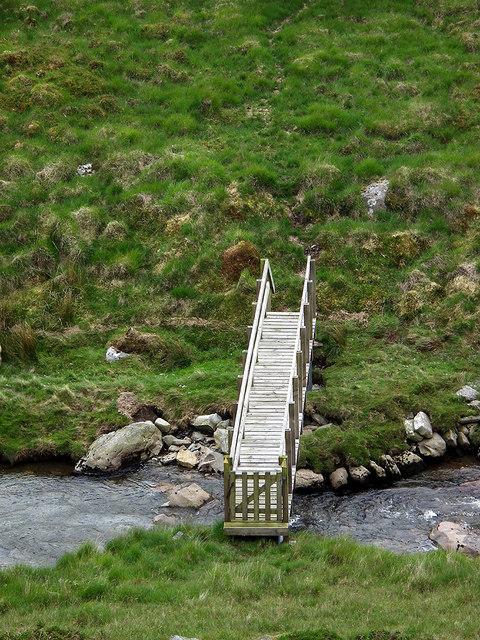 Footbridge over Afon Llechwedd-mawr