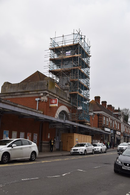 Renovating Tunbridge Wells Station by N Chadwick