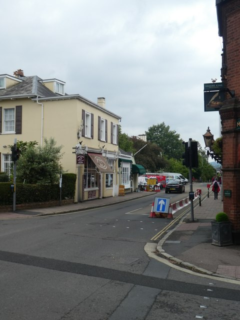 Pop-up one-way street, Magdalen Road, Exeter