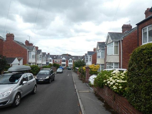 Third Avenue, Exeter