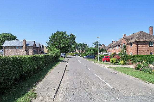 Harlton: entering the village on Haslingfield Road