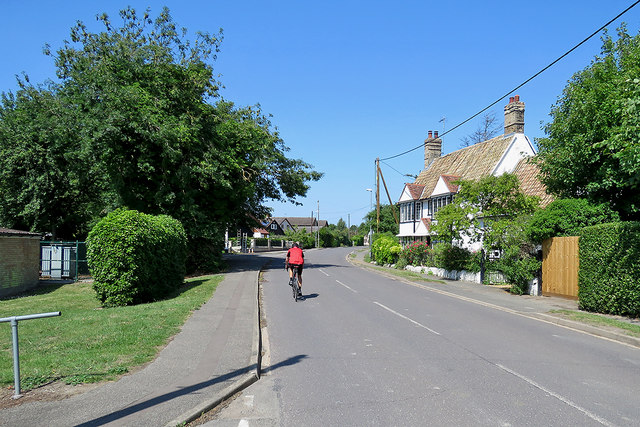 Haslingfield: cycling past pantiles