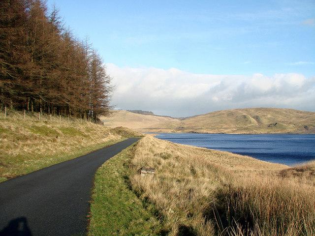 Road beside Nant-y-moch Reservoir