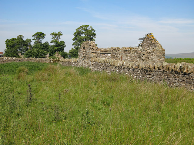 Ruined cottage east of Shield Ash