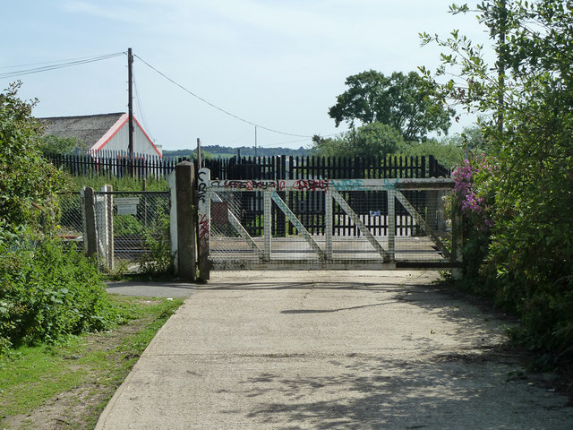 Level crossing, Hoo Junction
