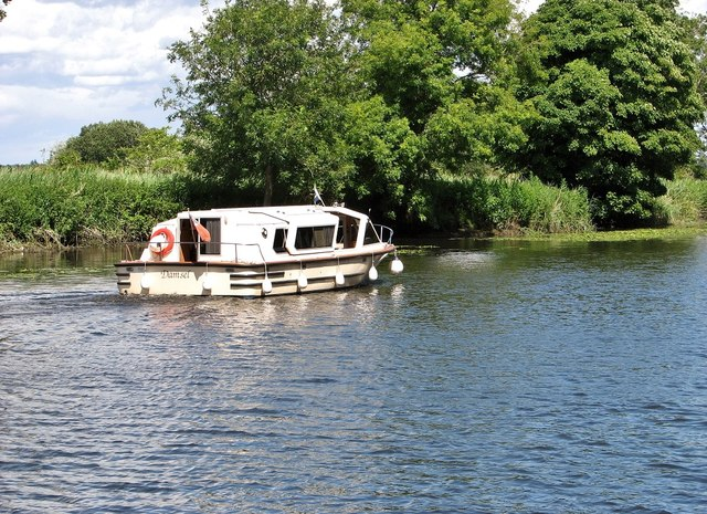 96W/Damsel on the River Yare