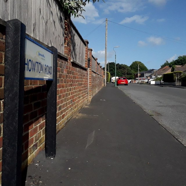 Kinson: Howton Road