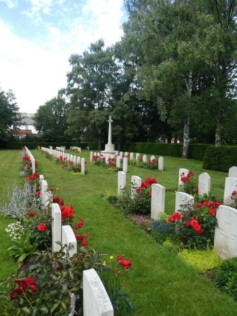 World War 2 military graves, Exeter Higher Cemetery