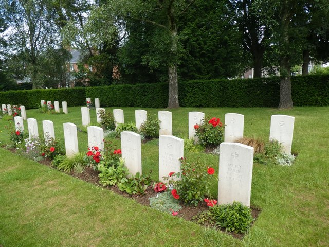 WW2 military graves, Exeter Higher Cemetery